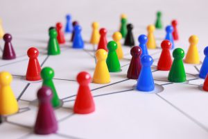 Moderation beim vernetzten Entscheiden.